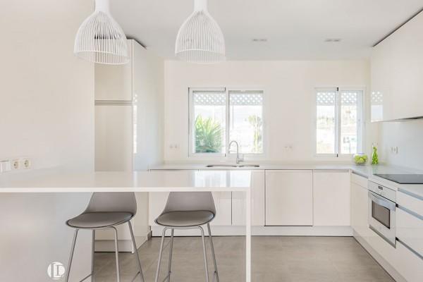 dominion-beach2-kitchen